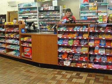 """避孕套为啥只放在收银台旁边?很多人不清楚,其实这是""""套路"""""""
