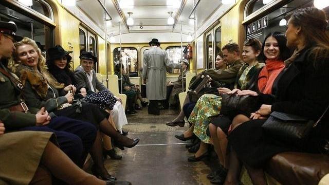 莫斯科地铁神秘无比,曾是北京模仿对象,现却要依靠东方大国重器