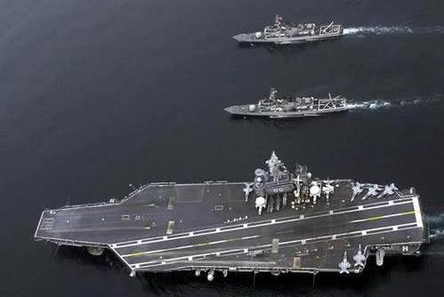 安倍疯狂扩大兵力,这三个国家看不下去了,相继对付日本