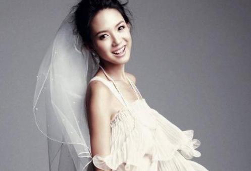 张梓琳晒出自己的豪宅,在家经常下厨做饭,老公真的太有福气了