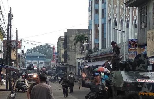 菲律宾又出事了,死伤惨重!背后动机细思极恐