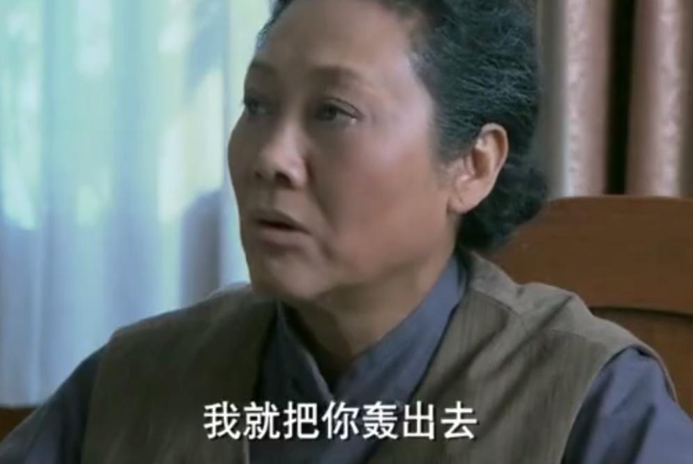 母亲逼儿子儿媳离婚,孙子孙女:你要逼爸妈离婚,别怪我们不尊老