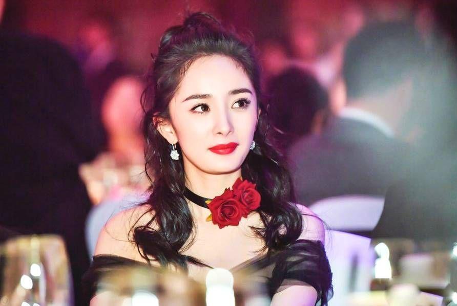 杨幂传来大喜讯,主演电影《宝贝儿》获米兰电影节最佳影片大奖!