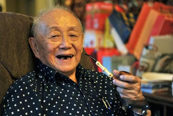 """中国最骚画家,91岁""""撩""""林青霞,95岁还在飙法拉利"""