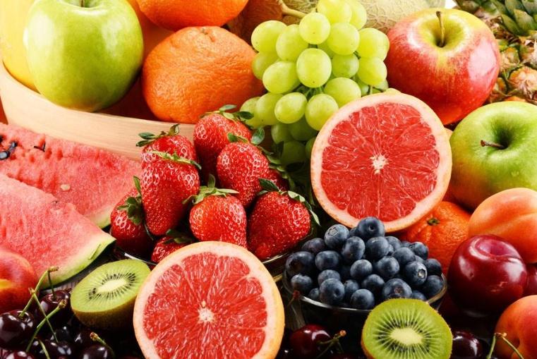 """这3种水果连医生都""""躲着走"""",或许很多年轻人还在吃!"""
