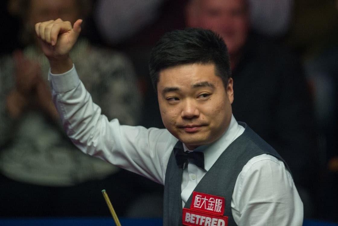 丁俊晖不甘于沉沦,找回教练专注训练,期待中国赛世锦赛爆发