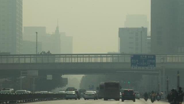 郑州市启动重污染天气橙色预警,中小学停止户外活动
