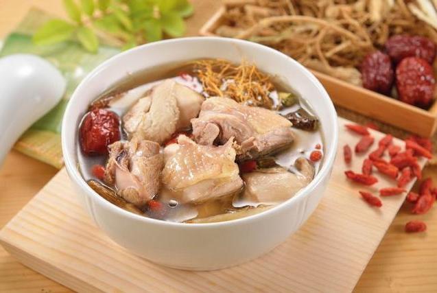 坐月子第三周,除了必吃的麻油鸡,月嫂还可以给产妇做这些月子餐