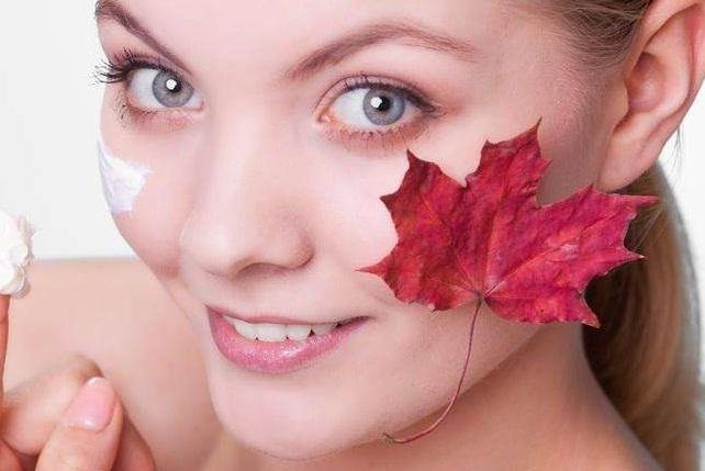 维生素E加它涂脸,坚持一周皮肤光滑细腻又白皙,效果超好