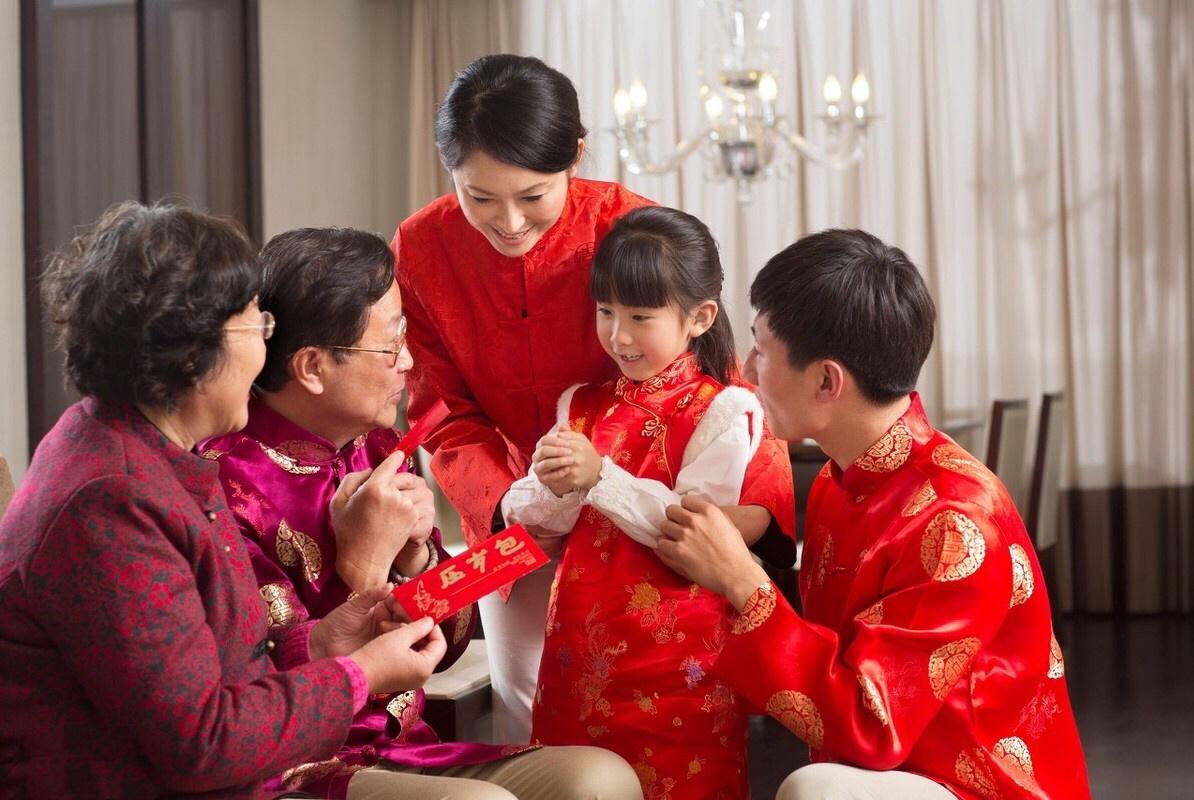 """春节必备句型汇总,""""压岁钱?使不得""""太形象,网友:过于真实!"""