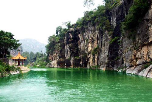 石家庄抱犊寨,西安翠华山……细数那些风景美丽的景点