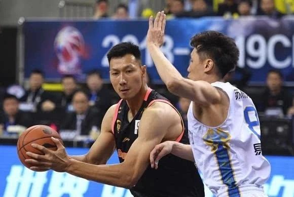 CBA季后赛:广东横扫江苏晋级四强,深圳客场加时擒北京!