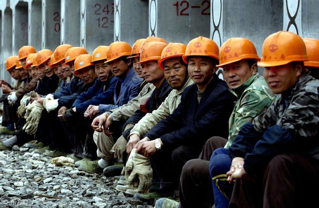 8名湖南农民工山东讨薪被拘!年底了,可怜一下他们吧