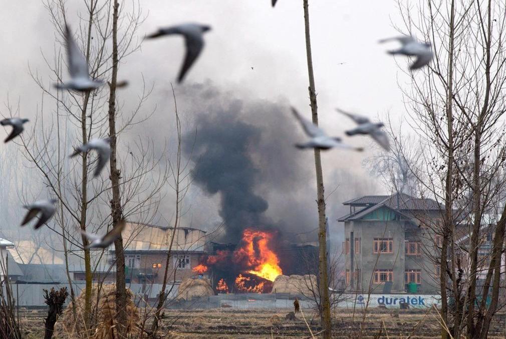 邻国传来一声巨响,剧烈爆炸导致2死7伤,这次不是印度干的