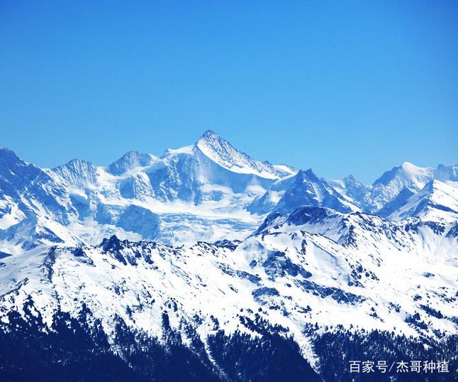 玉龙雪山,巍峨雄壮,犹如仙境一般
