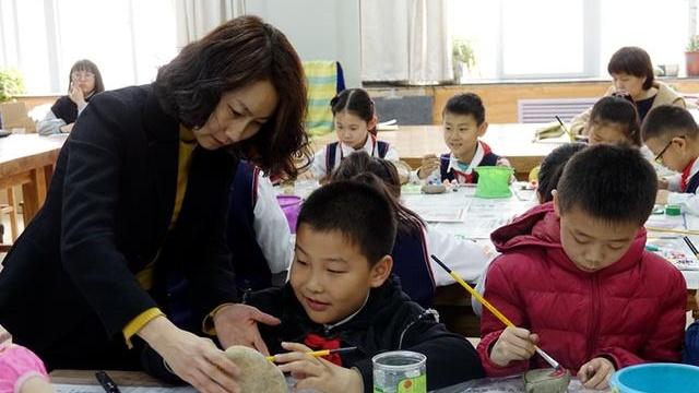 """河北省将对""""刚需""""小学生开展免费校内课后服务"""