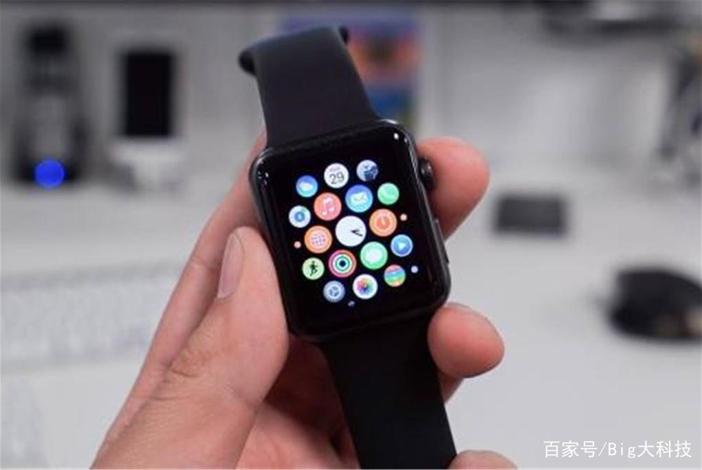 智能手表难成长,终究是手机厂商过不去的坎,外观局限性太大