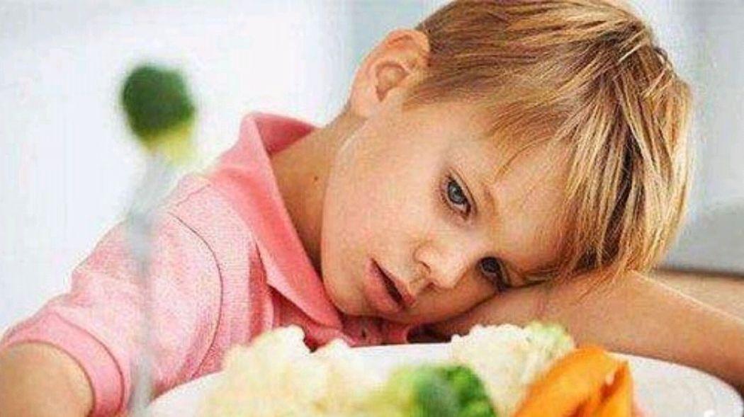 这几种低营养食物,宝宝多吃无益,还会伤脾胃、致其营养不良