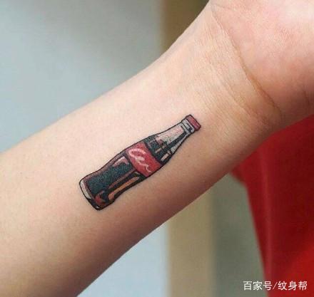 手腕纹身--一组适手腕处的简单小清新纹身图案