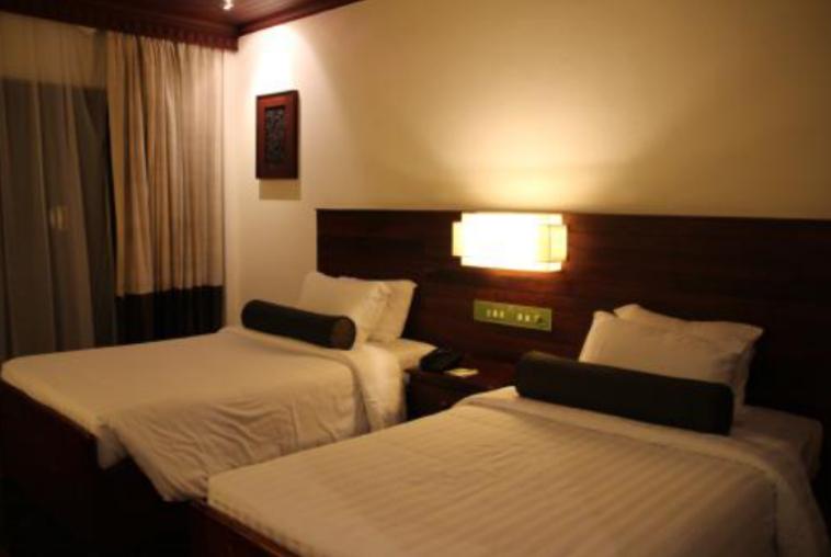 住酒店时,最好自己带上3种物品,尤其是第3种,方便并且用处大
