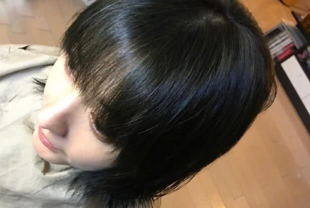 吴昕又剪发!36岁的她换款波波头减龄又少女,嫩回到18岁了