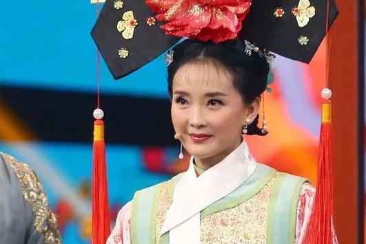 45岁的她比吴谨言还显小!有些女星化妆反而显老?