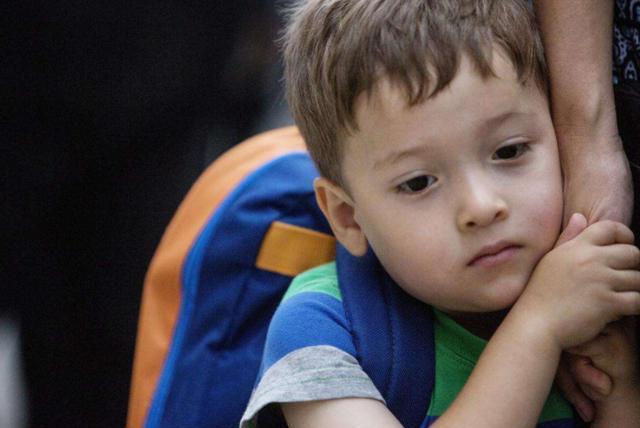 穷养的男孩早当家?如果抓不住穷养的四个精髓,穷养只能毁了男孩