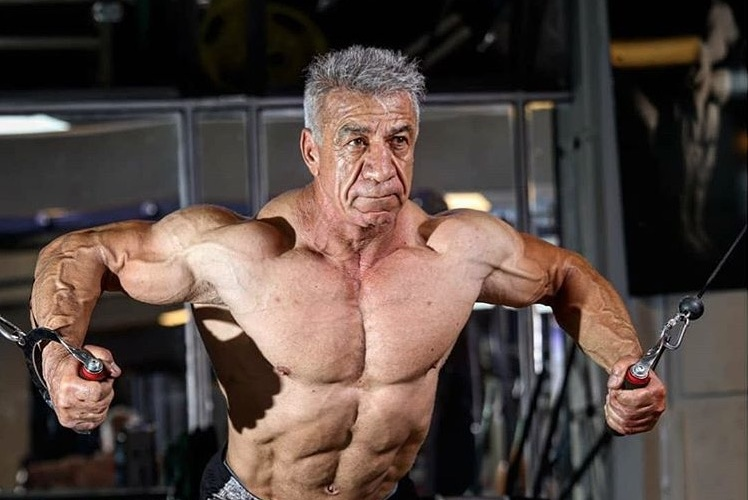 65岁老爷子健身40年,从未住过院,他说:健身是一种生活!