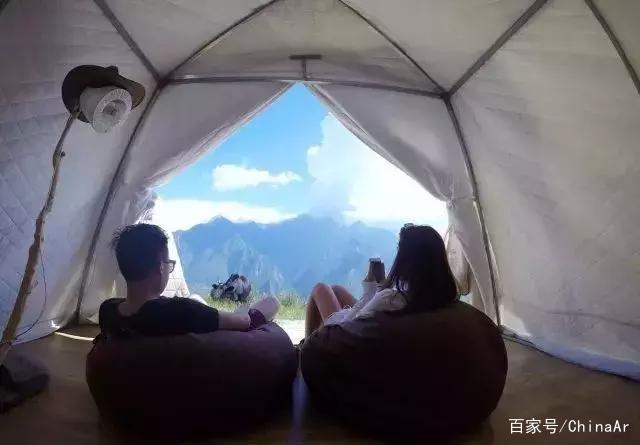 四川网红民宿推荐,这5个民宿躺在床上就能看到雪山 推荐 第5张