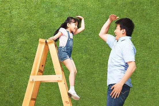 """想要孩子长成大长腿,宝宝一岁前,家长最好别碰这几个""""禁区"""""""