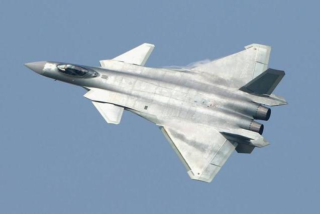 美制五代机致命缺陷曝光,一性能比印度战机还差,远不如歼20