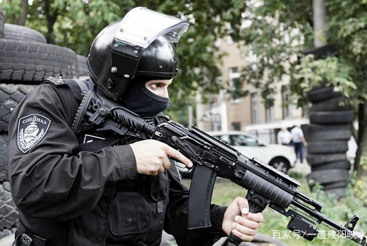 AK产品必是精品,AK74M又创纪录,枪管通红依然可以射击