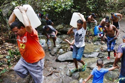 雪中送炭!中国向委内瑞拉运送65吨药品,这下,委国人民有救了