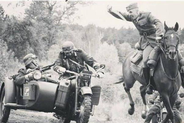 1939年,此国的20万骑兵和坦克对拼,不久都被碾成了肉泥