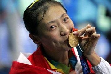 悲情!中国奥运会上那些悲情的记忆,运动员的无奈谁能懂