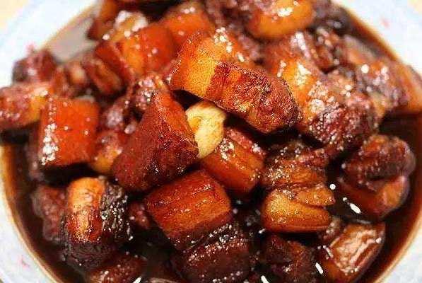 做红烧肉,要不要焯水?大厨:掌握好这几步,肥而不腻美味又下饭