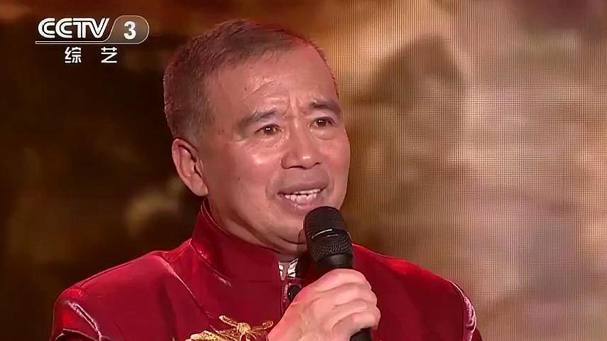 越战越勇:64岁退休工上央视,一首《黄河壶口》,得到耿为华称赞