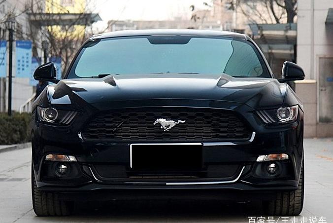 宝马318同价位?美式跑车,零百加速5.8秒,福特Mustang值得买吗