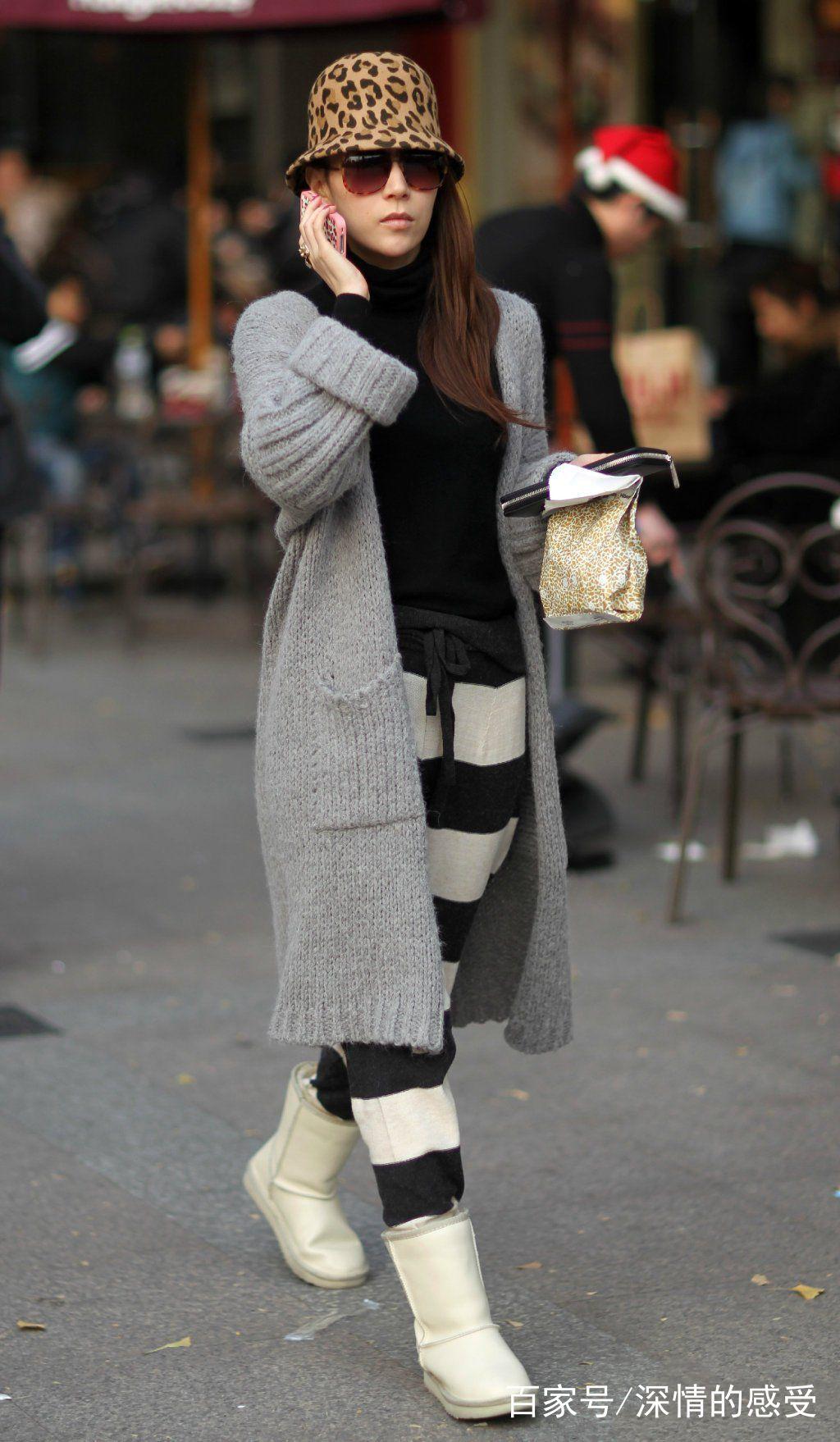 街拍:街上美女穿搭时尚,舒适简单不失个性,网友:太会