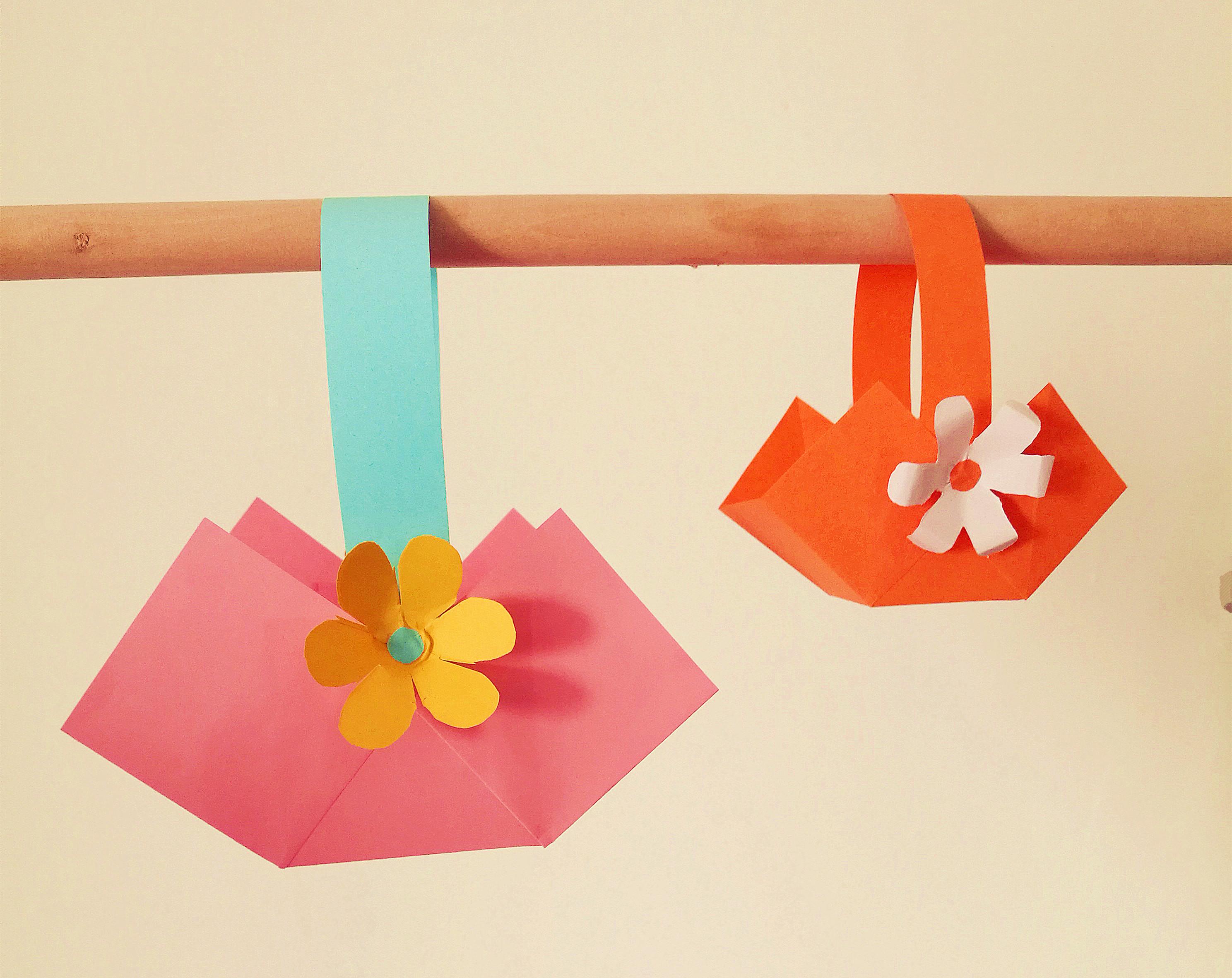 简单卡纸小手工,用彩色卡纸做小篮子,非常好做的小制作,有教程