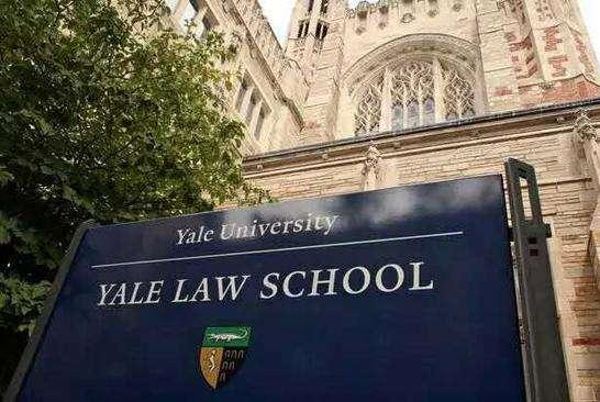 女人在律师界有多难?女助理常有,女律师却少见!