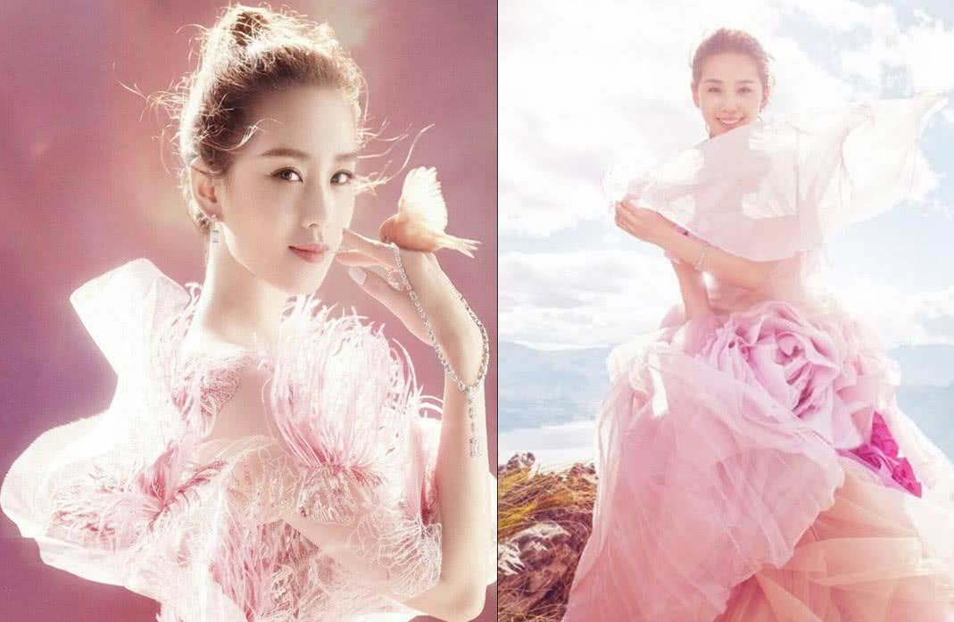 赵丽颖:我婚纱白色,戚薇:我婚纱黑色,她:粉色的见过吗?