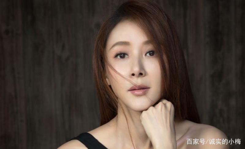 萧蔷,本名萧秀霞,出生于中国台湾,台湾模特,女演员,歌手,作家,毕业于