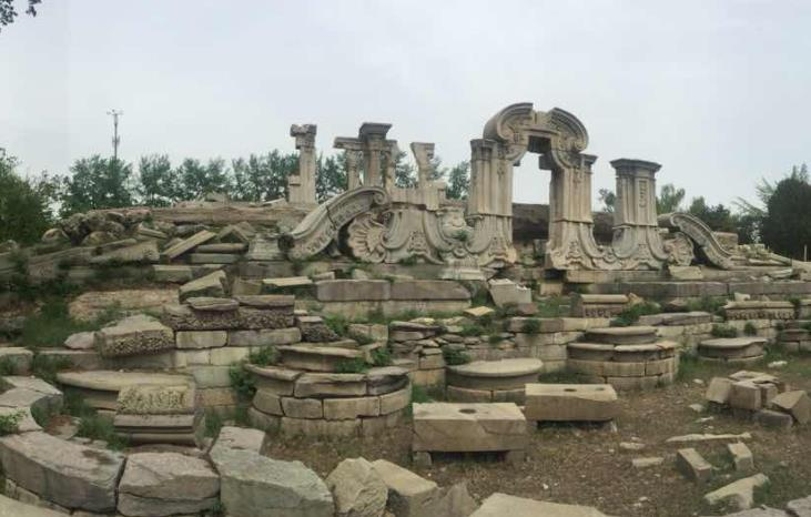 圆明园被毁前照片在英国首次曝光,网友:可惜它已经不