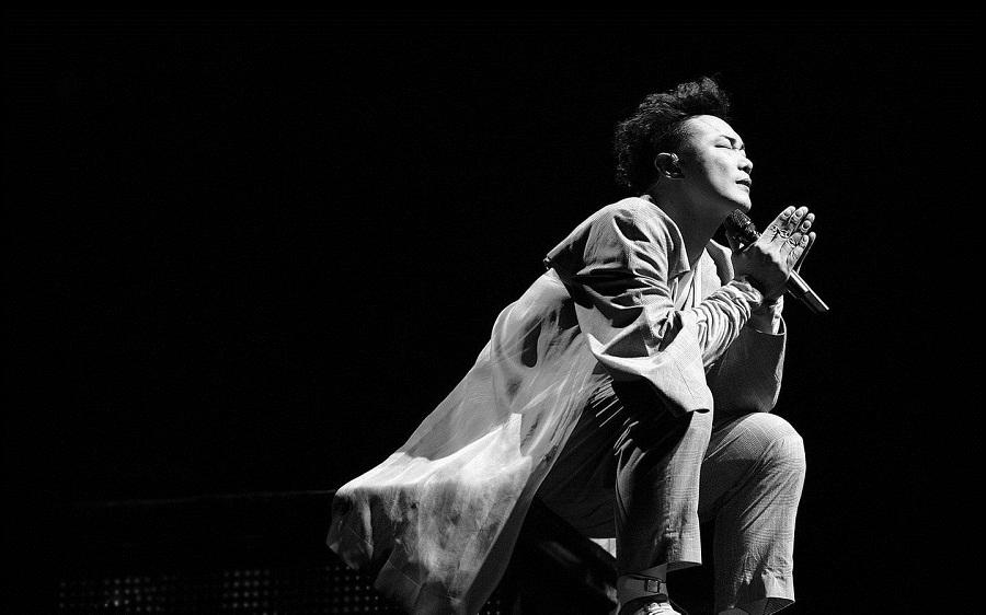 细数这几年来,陈奕迅有没有一句歌词能击中你的心让你潸然泪下!
