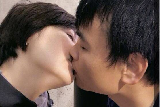 袁立宣布婚讯后骂声如潮,她难过回应:心有血渗出来