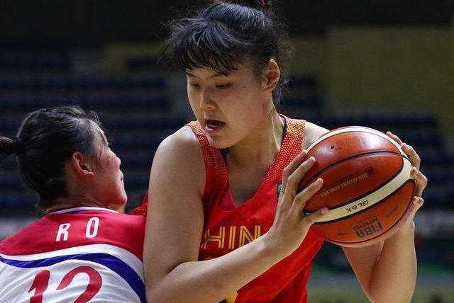 中国女篮迎来黄金时代!韩旭入选WNBA,女版奥尼尔也入选其中!