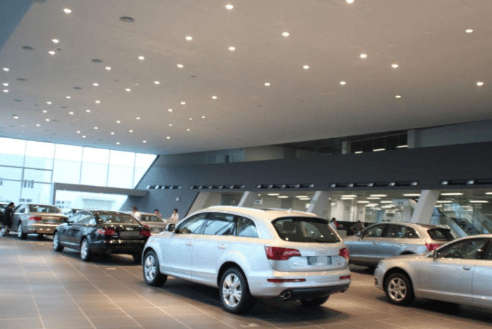 买车直接去车厂,不通过4S店,真的划算吗?听车厂负责人咋回答