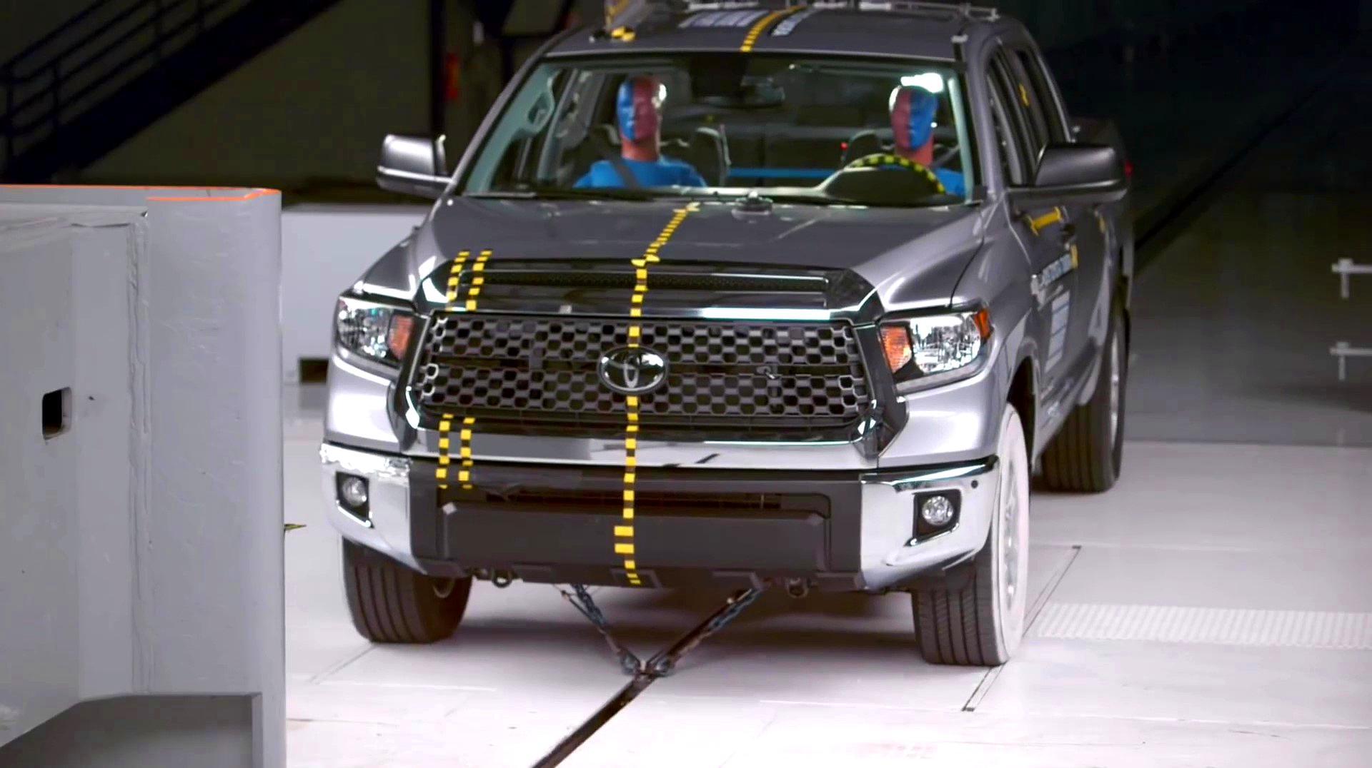 丰田坦途在北美为啥卖得不好?看完碰撞测试你就知道了