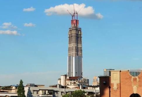 """国内最惋惜的摩天大楼:高636米有望成中国第一,意外被""""腰斩"""""""